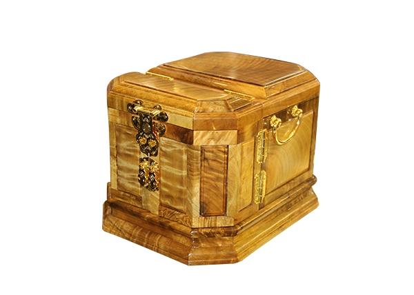 金丝楠木艺术品-宝盒